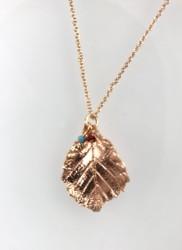 - Gerçek Yaprak Üstüne Metal Kaplama Zarif Tasarım Kolye - Rose gold Kaplama