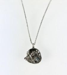 - Yusufçuk Figürlü Kısa Tasarım Kolye - Antik Gümüş Kaplama